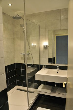 Best Western Plus Clos Syrah : salle de bain