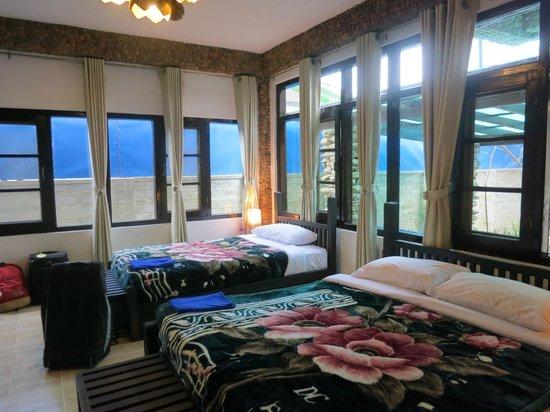 Aquarius Inn : nice 3 person room