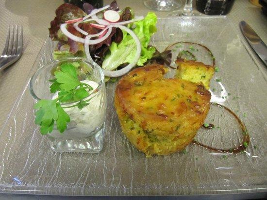 LE VAUBAN : gateau de légumes, avec la fameuse bearnaise