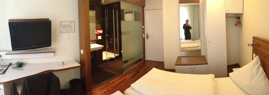 Hotel Constantia: salle debain