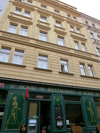 Hotel Liliova Prague Old Town: ホテルの正面