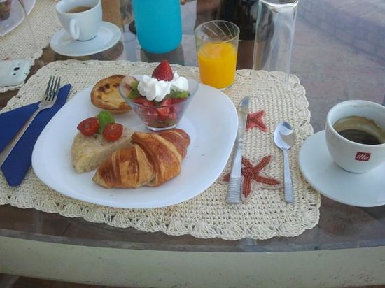 Casa Sol e Lua B & B : Breakfast at Casa Sol e Lua