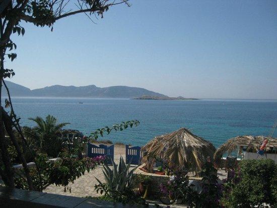 Daskalio Rooms: καταπληκτική θέα από το μπαλκόνι μας!