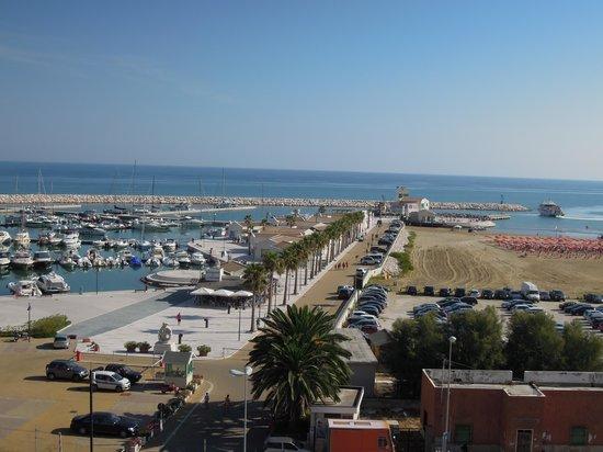 Hotel Borgo Marina: vista dalla camera
