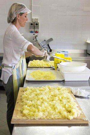 Borgo di Campagna Il Tesoro: Lezione di cucina - Gli gnocchi