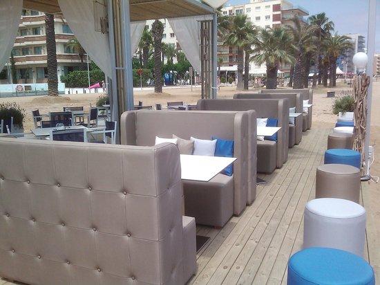 Kalima Beach Club : Geen plastic stoelen