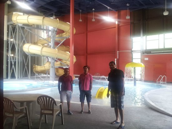 Lakeview Hecla Resort: pool and water park