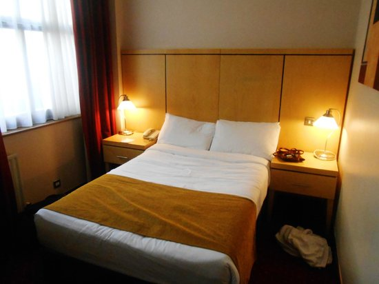 Temple Bar Hotel: Double Bed