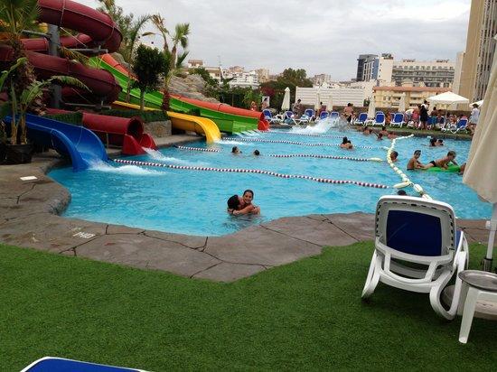 Hotel Los Patos Park: toboganes 2