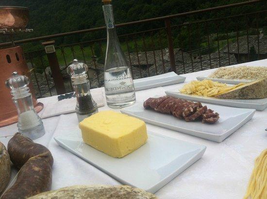 Cantoira, Italie : Risotto con Toma di Lanzo e Salame della Turgia