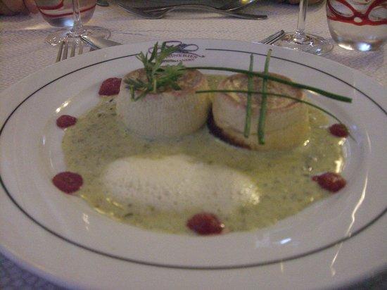Hotel Restaurant du Pont: flan au roquefort