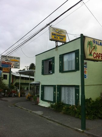 Palm Cafe & Motel Picture