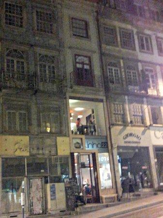 Linha22: Linha 22, Porto