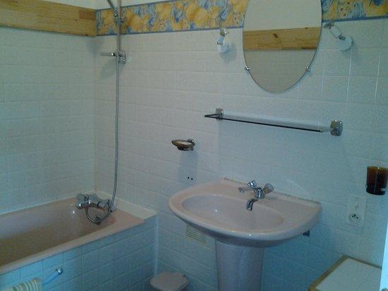 Le Relais de Pors-Morvan : baño