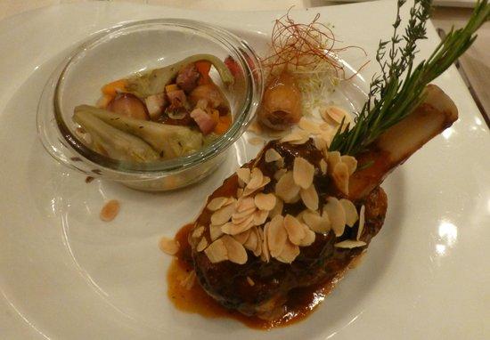 Restaurant La Cafetière Fêlée : souris d'agneau confite curry thai lait coco