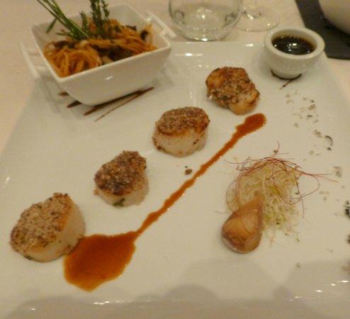 Restaurant La Cafetière Fêlée : tepenyaki de st jacques caramel yusu