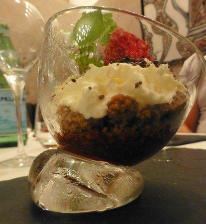 Restaurant La Cafetière Fêlée : marmelade poivron framboise, crumble speculoos