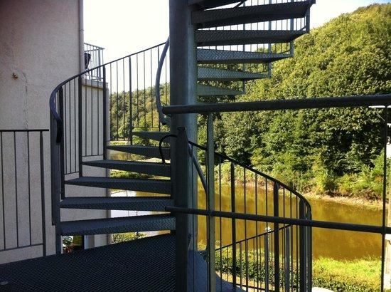 Le Moulin Neuf: Vue petit lac