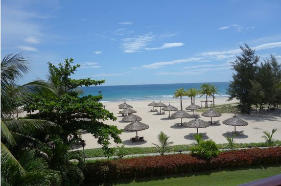 Furama Resort Danang: Magnifcent view, isn't it?