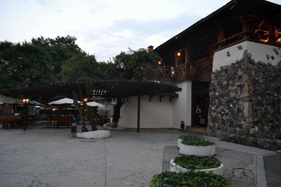 Melnitsa Restaurant