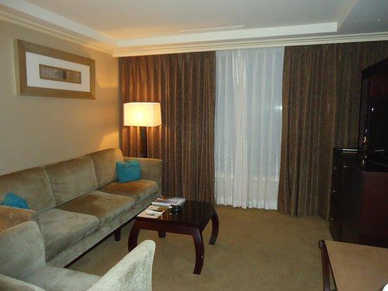 Jeju Sun Hotel & Casino: big living room