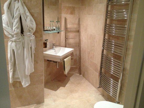 The Northey: Room 5 bathroom