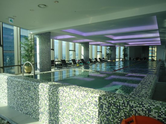 Sheraton Seoul D Cube City Hotel: small indoor lap pool