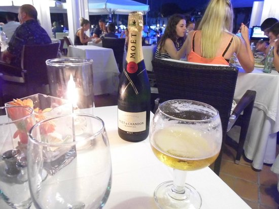 Aquarius: very reasonably priced, even with a bottle of fizz it was ony 93 euros