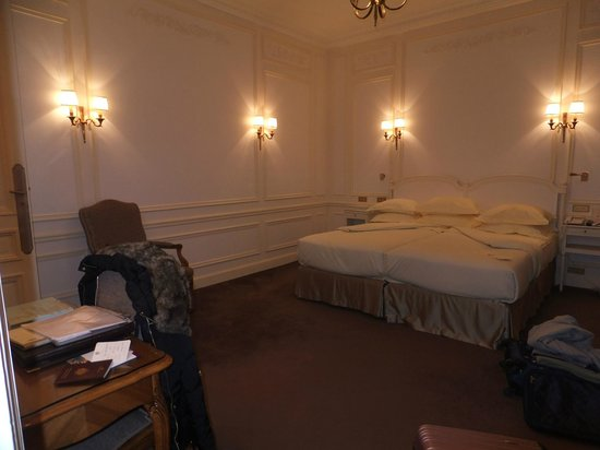 Hotel Raphael: our room