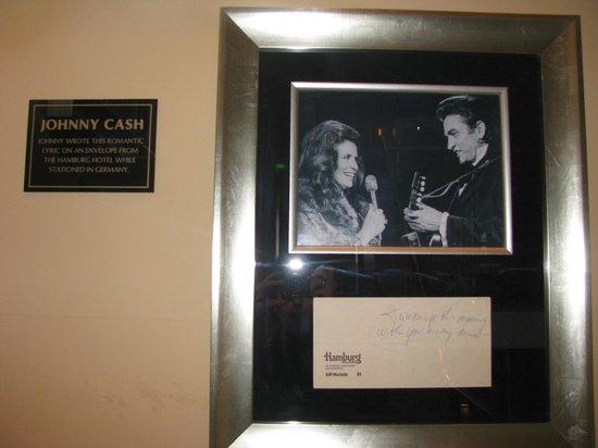 Hard Rock Cafe: Johnny Cash