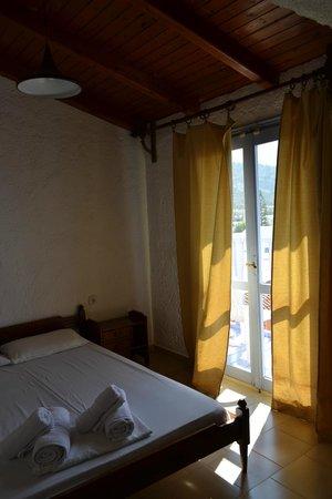 Photo of Neon Hotel Malia