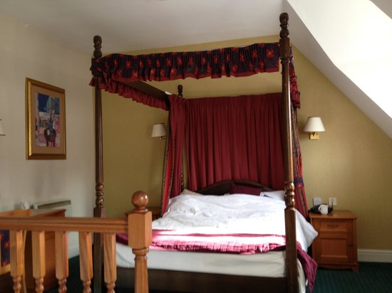 The Georgian Hotel: Room