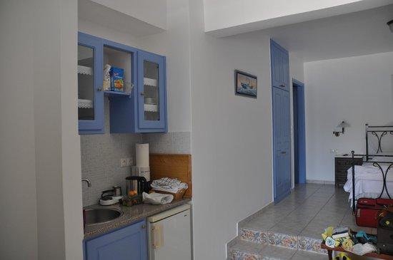 Villa Notos: Kitchen of the Junior Suite