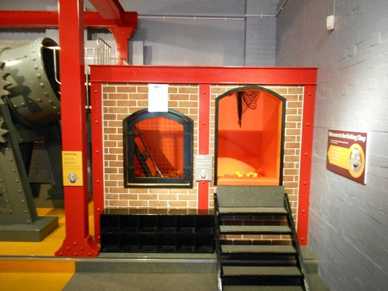 Kelham Island Museum: Entrance to the children's play area