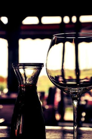 Country House: A cozy atmosphere and a good glass of home wine
