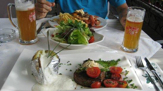 Stegerbraeu: Filetto e grigliata mista