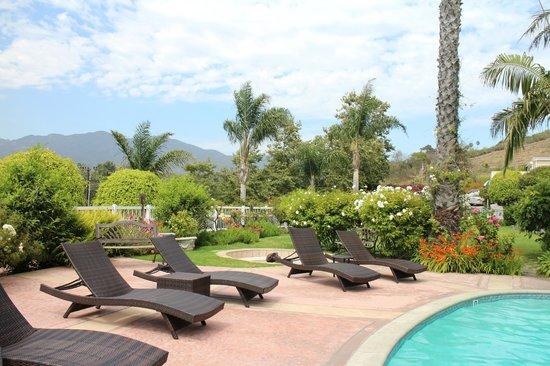 Malibu Country Inn: view
