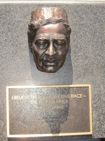 Remember Them Humanitarian Monument : Rosa Parks