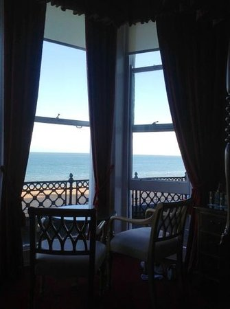 Langham Hotel: room with a sea view
