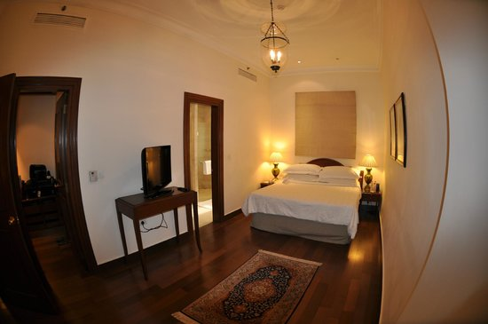 Maidens Hotel: Geräumiges Zimmer