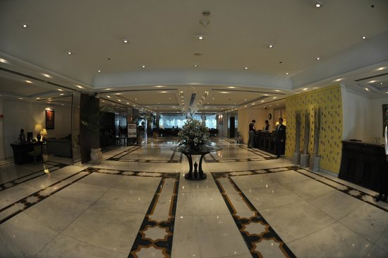 The Gateway Hotel, Agra: Empfang