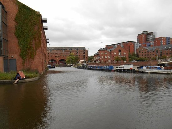 Castlefield Urban Heritage Park: Canal View 2