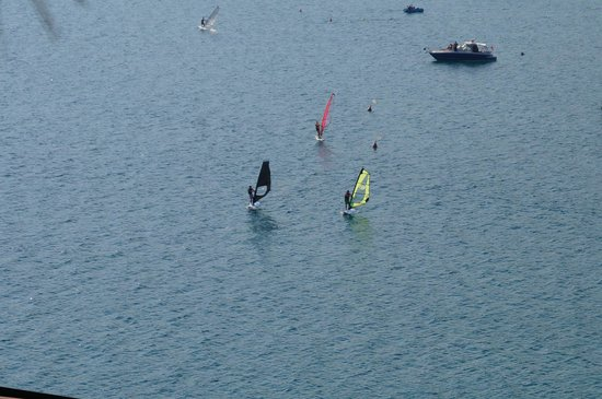 Stella Mare Camping Village: windsurfing