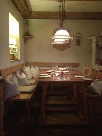 Dorfstube: Mesas del restaurante