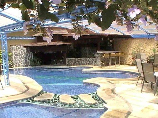 Hotel & Spa Poco a Poco : La piscine
