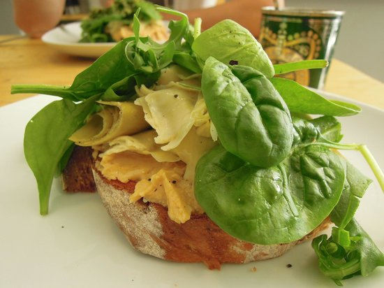 Southsea Coffee Co: Open sandwich on toast with hummus, artichokes and usually pesto too