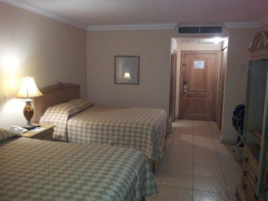 أوتيل كوينتا ريال: Room interior.