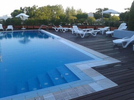 Class Valls: piscina