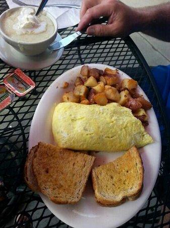Eggs Up: Patty o' Sullivan omelet