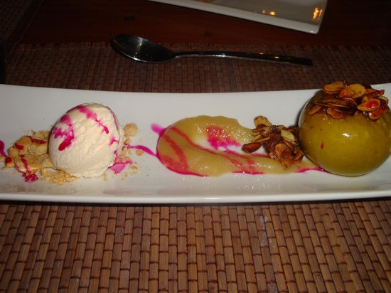 Desert Breeze Lodge: Food was amazing!